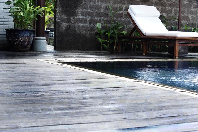 decking-villa-oasis
